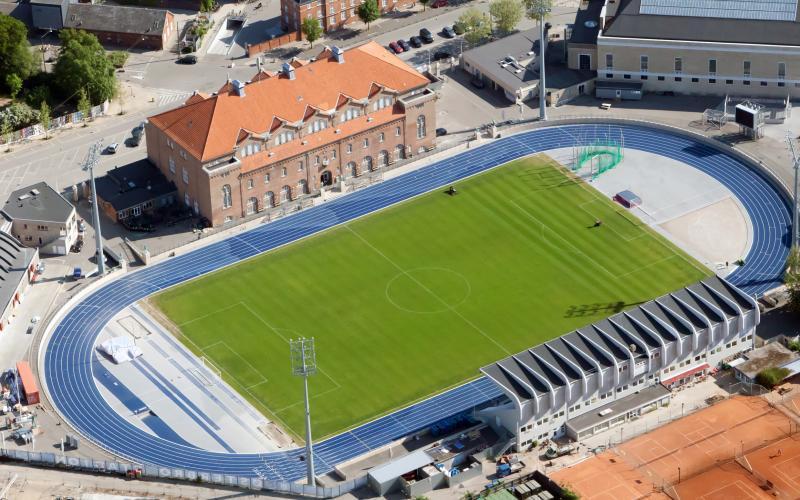 Dobbelt-program på Østerbro Stadion