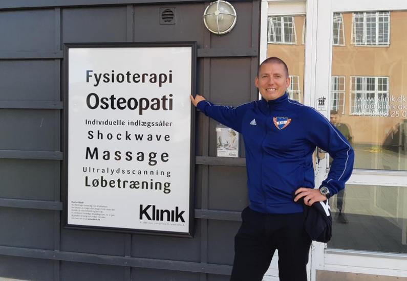 """Lasse Theis arbejder nu på """"Klinik"""""""
